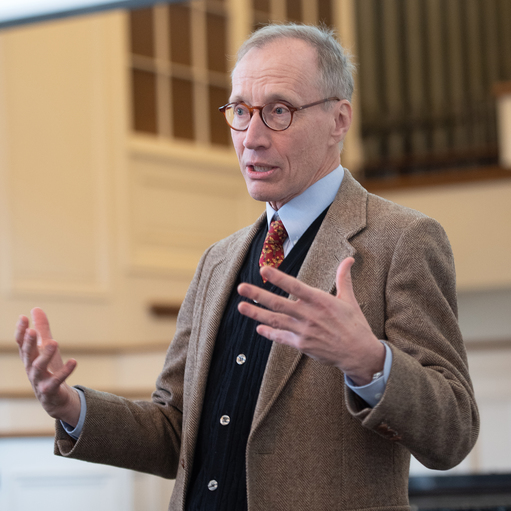 2018 Morley Medal recipient Dr. George Spencer-Green '65 speaks in the Chapel